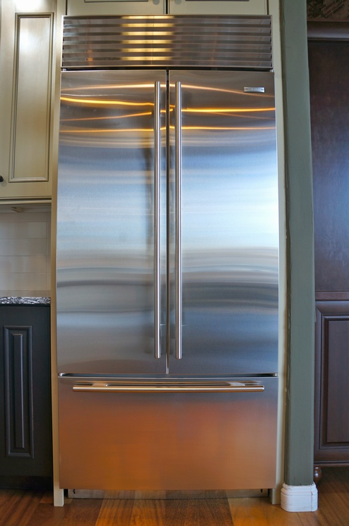 The Sub Zero BI 36UFD French Door Refrigerator.