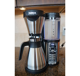 The Ninja© Coffee Bar™ offers many features to make your coffee routine convenient.